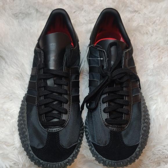 adidas kamanda triple black